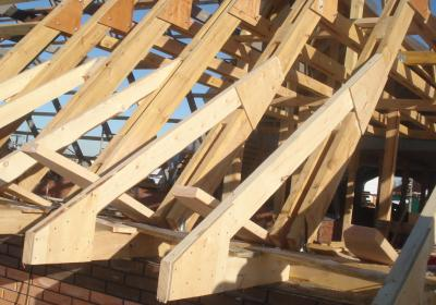 Строительство крыш под ключ, возведение кровли в Москве и области